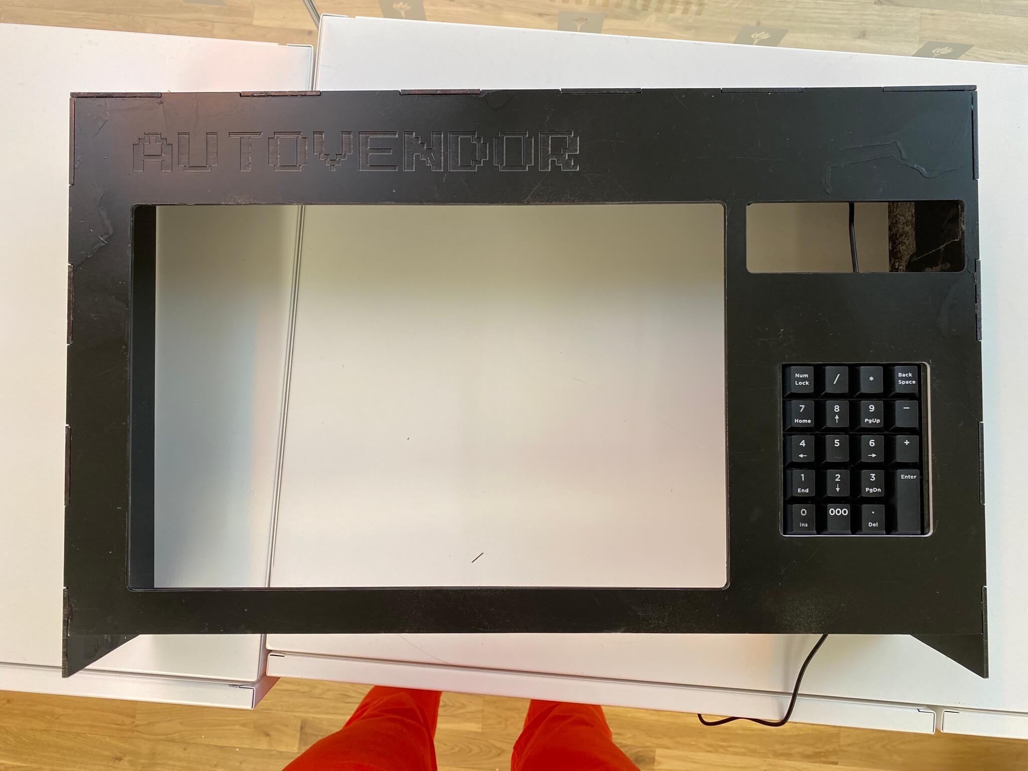 Vending machine casing