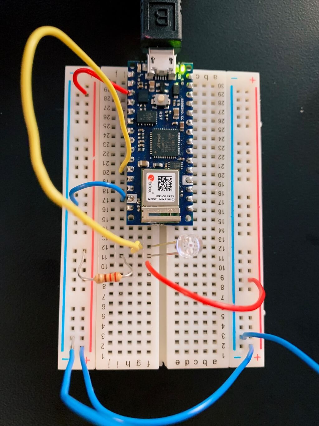 Breadboard with Arduino and potentiometer